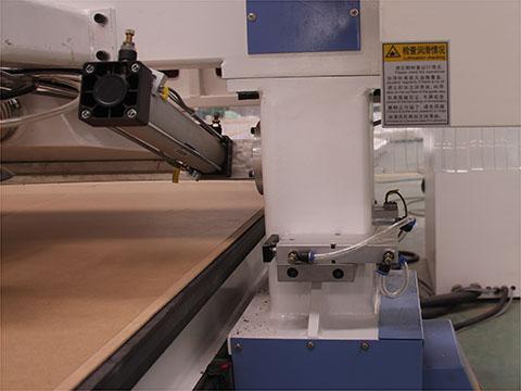 圆盘式自动换刀木工加工中心橱柜门板专业加工设备