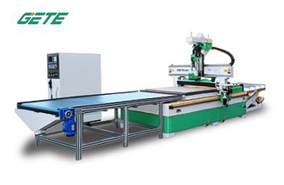 UA48-F 全自动木工加工中心
